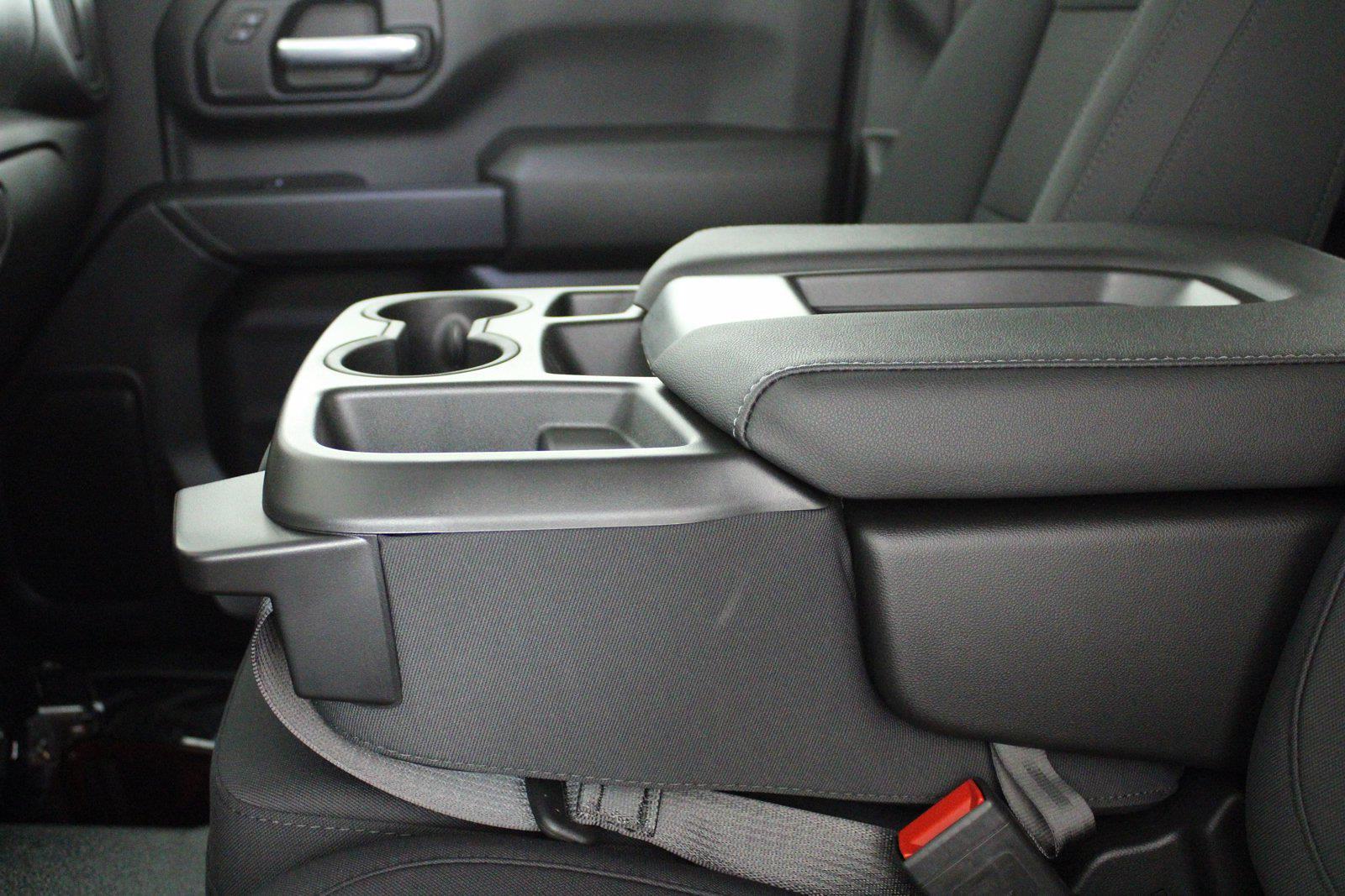 2021 Chevrolet Silverado 3500 Crew Cab 4x4, Service Body #D110928 - photo 12