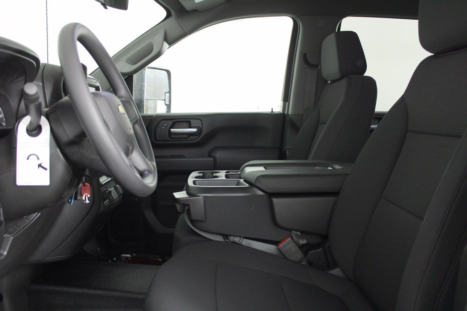 2021 Chevrolet Silverado 3500 Crew Cab 4x4, Service Body #D110928 - photo 13