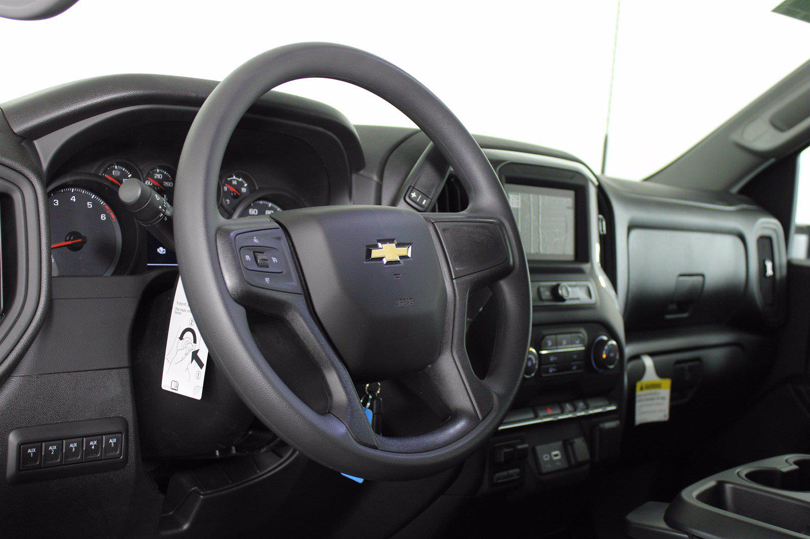 2021 Chevrolet Silverado 2500 Double Cab 4x4, Service Body #D110986 - photo 9