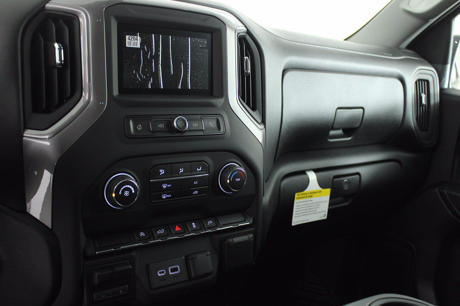 2021 Chevrolet Silverado 1500 Double Cab 4x4, Pickup #D111002 - photo 12