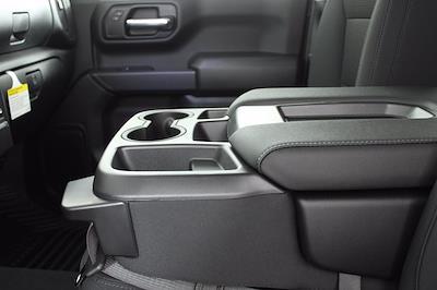 2021 Chevrolet Silverado 1500 Double Cab 4x4, Pickup #D111002 - photo 13