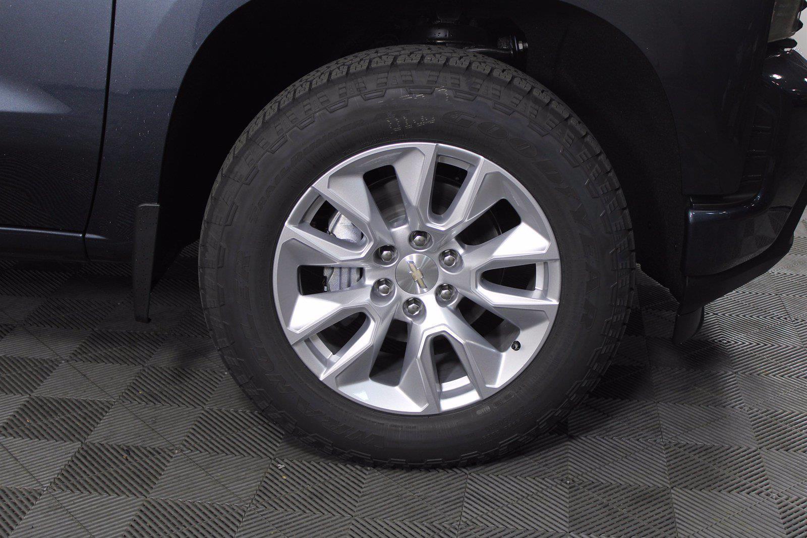 2021 Chevrolet Silverado 1500 Double Cab 4x4, Pickup #D111013 - photo 6