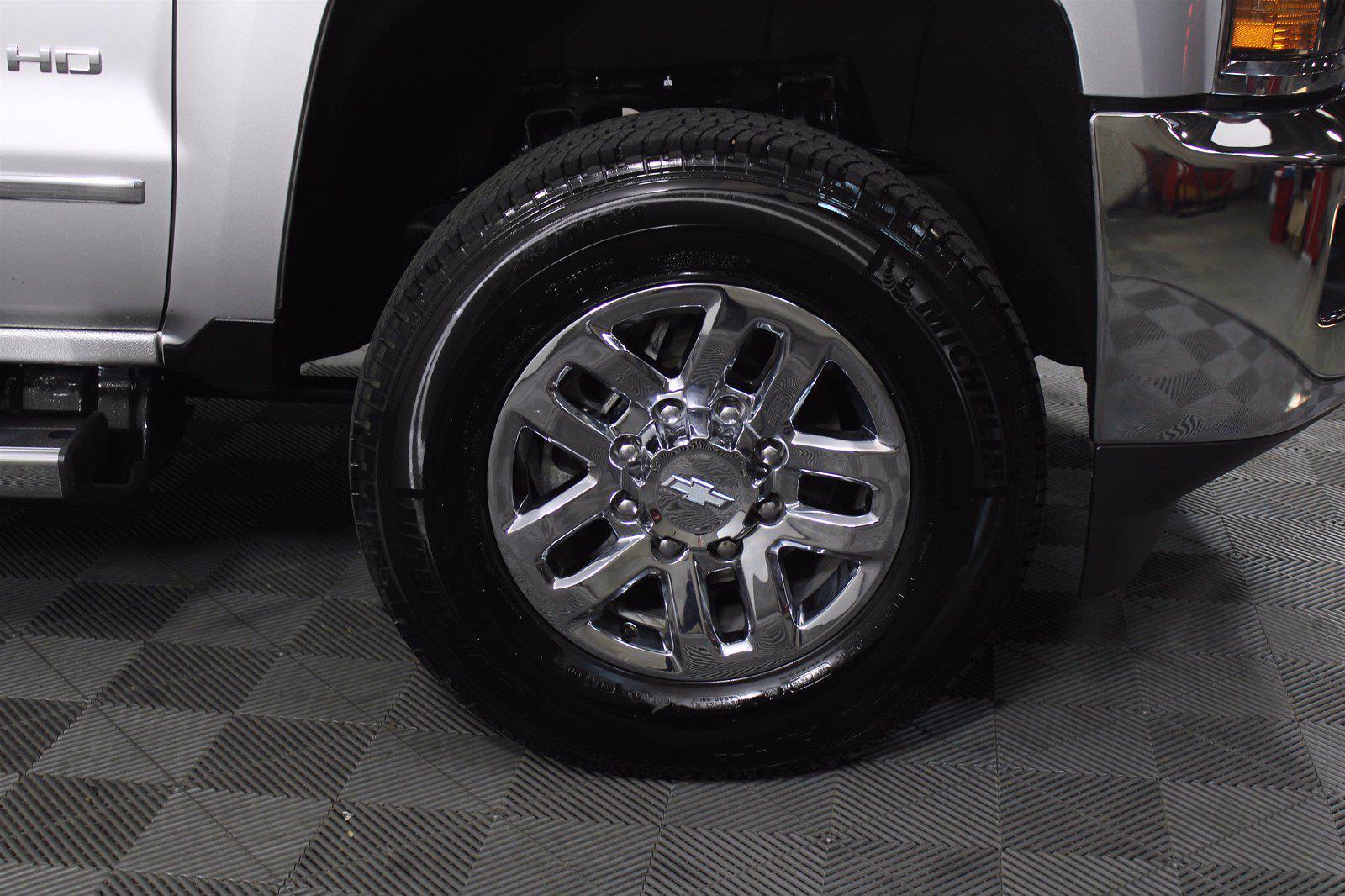 2017 Chevrolet Silverado 3500 Crew Cab 4x4, Pickup #D111017A - photo 12