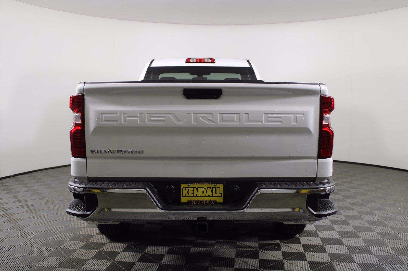 2021 Chevrolet Silverado 1500 Regular Cab 4x2, Pickup #D111066 - photo 8