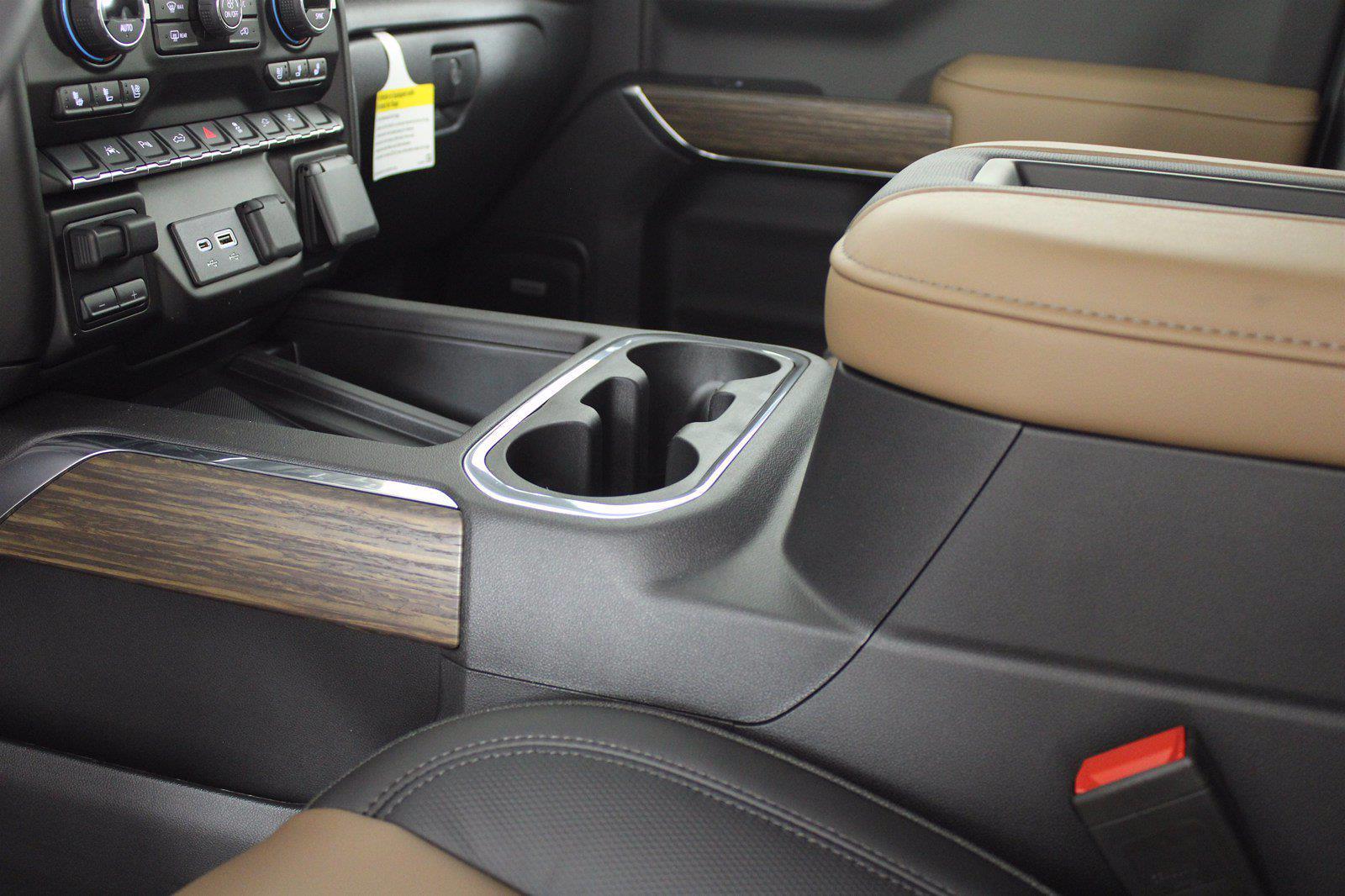 2021 Chevrolet Silverado 1500 Crew Cab 4x4, Pickup #D111069 - photo 13