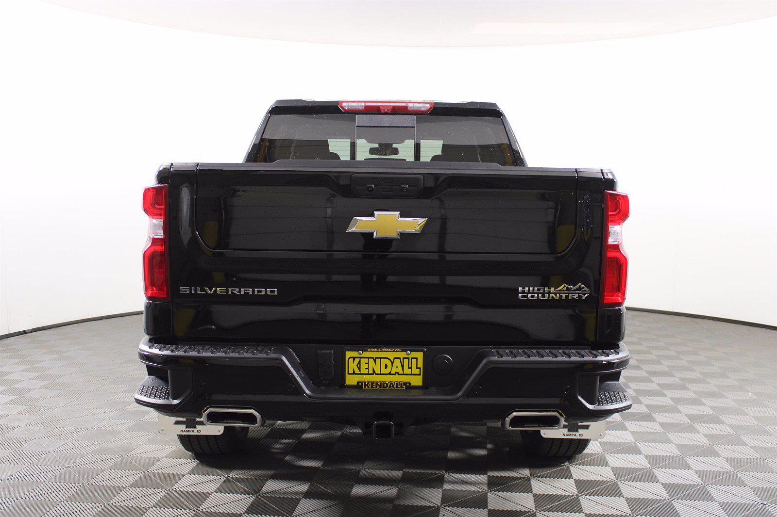 2021 Chevrolet Silverado 1500 Crew Cab 4x4, Pickup #D111072 - photo 8