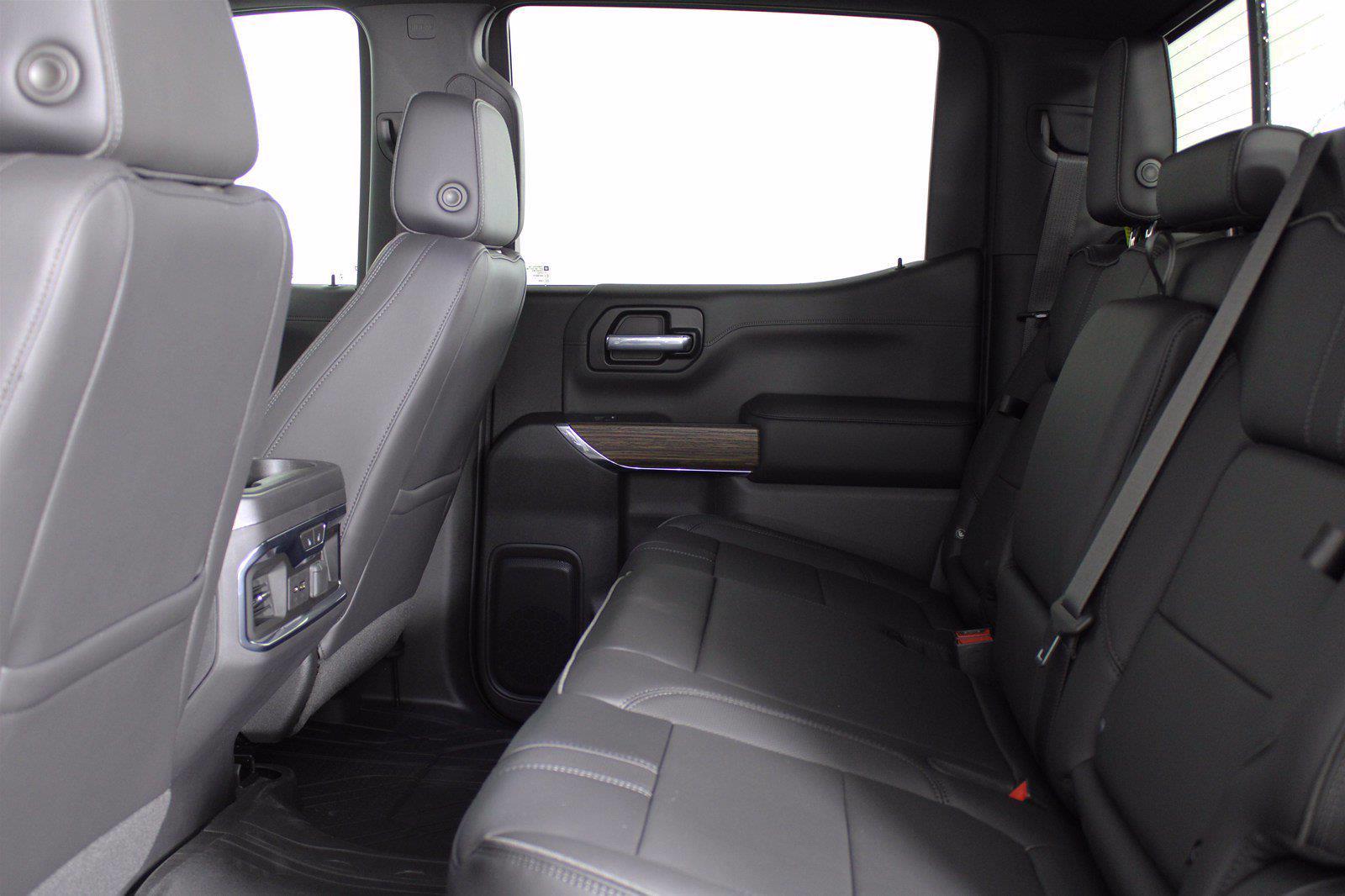 2021 Chevrolet Silverado 1500 Crew Cab 4x4, Pickup #D111072 - photo 17