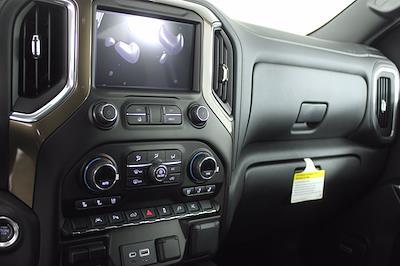 2021 Chevrolet Silverado 1500 Crew Cab 4x4, Pickup #D111072 - photo 12