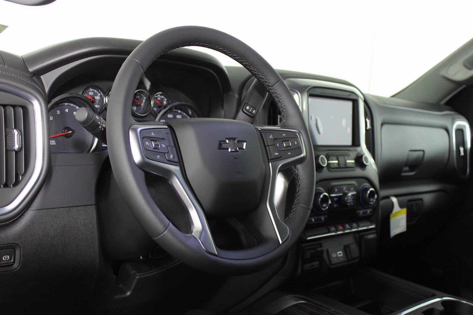 2021 Chevrolet Silverado 1500 Crew Cab 4x4, Pickup #D111073 - photo 10