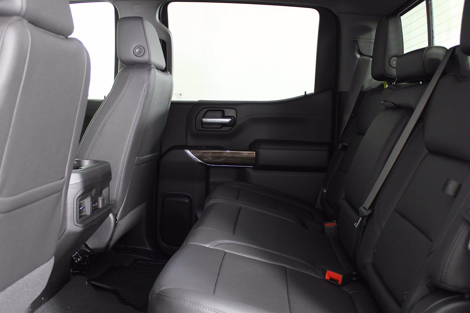2021 Chevrolet Silverado 1500 Crew Cab 4x4, Pickup #D111073 - photo 17