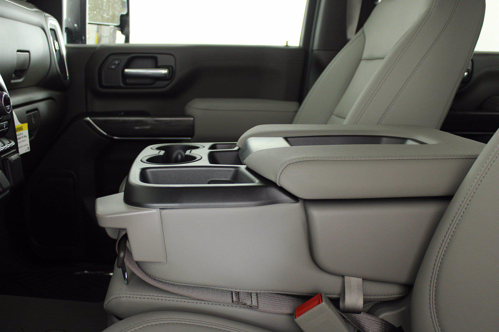 2021 Chevrolet Silverado 3500 Crew Cab 4x4, Pickup #D111089 - photo 13