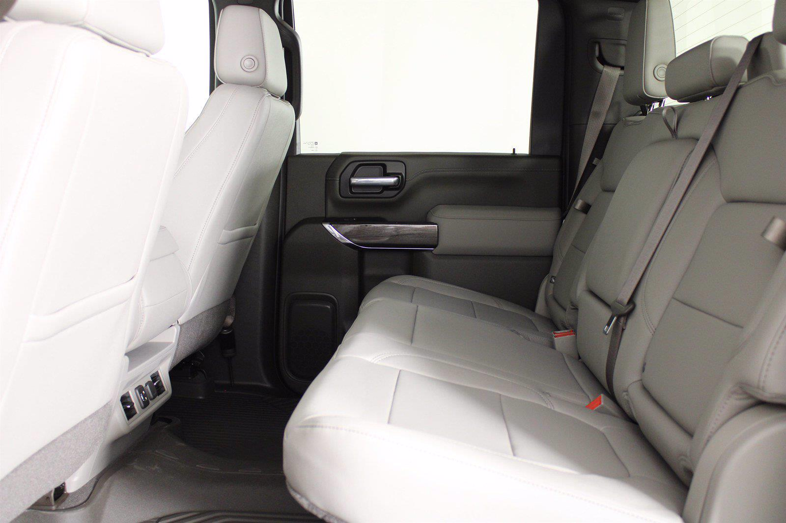 2021 Chevrolet Silverado 3500 Crew Cab 4x4, Pickup #D111089 - photo 16