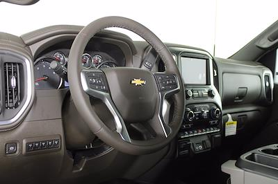 2021 Chevrolet Silverado 3500 Crew Cab 4x4, Pickup #D111089 - photo 10