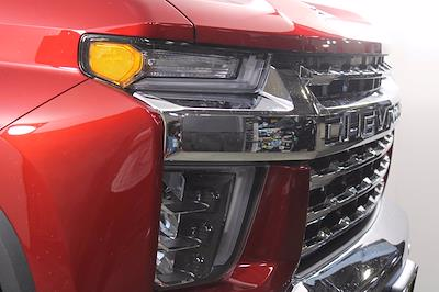 2021 Chevrolet Silverado 2500 Crew Cab 4x4, Pickup #D111097 - photo 5
