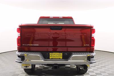 2021 Chevrolet Silverado 2500 Crew Cab 4x4, Pickup #D111097 - photo 8