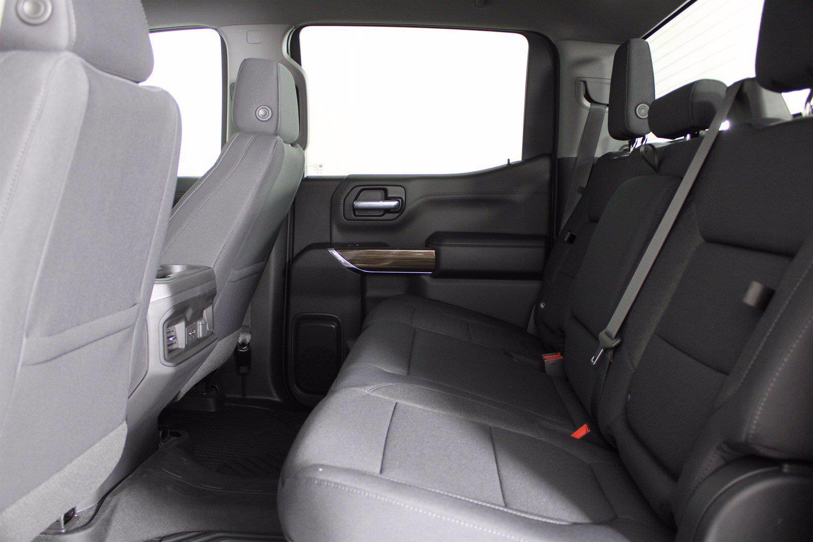 2021 Chevrolet Silverado 1500 Crew Cab 4x4, Pickup #D111109 - photo 16