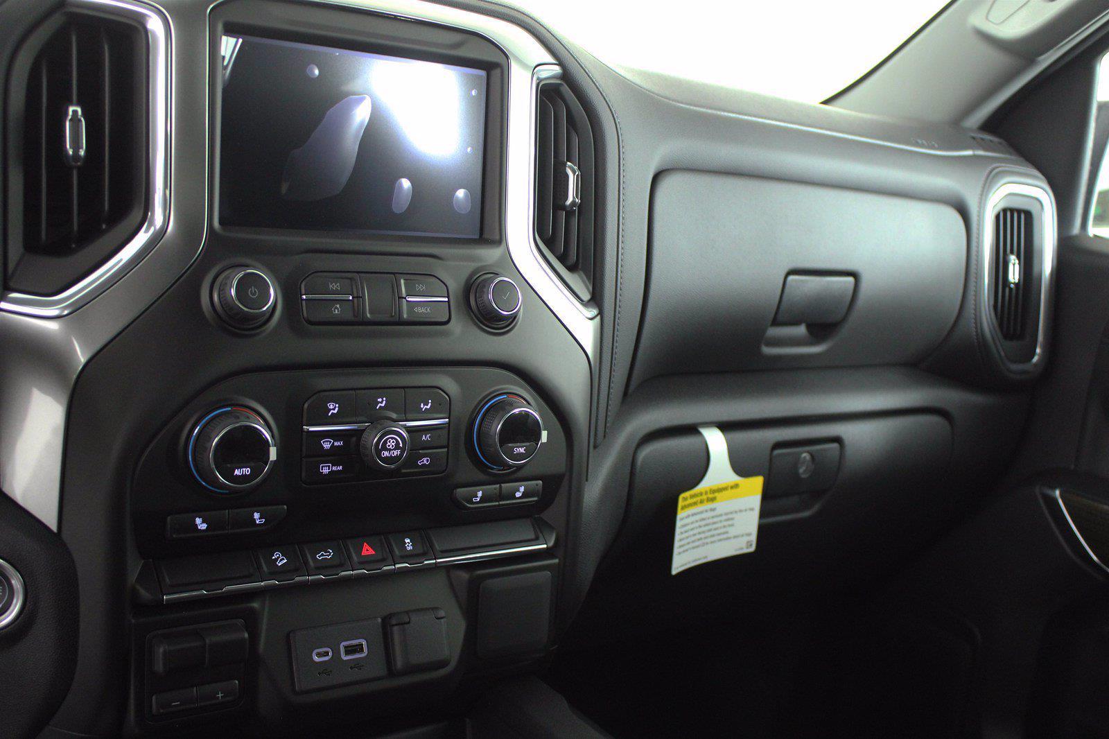 2021 Chevrolet Silverado 1500 Crew Cab 4x4, Pickup #D111110 - photo 12