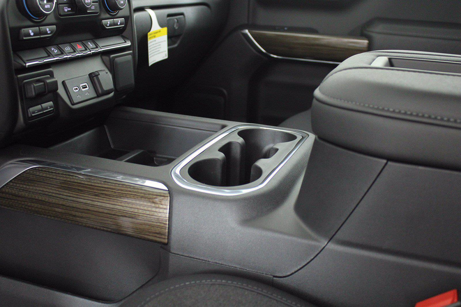 2021 Chevrolet Silverado 1500 Crew Cab 4x4, Pickup #D111110 - photo 13