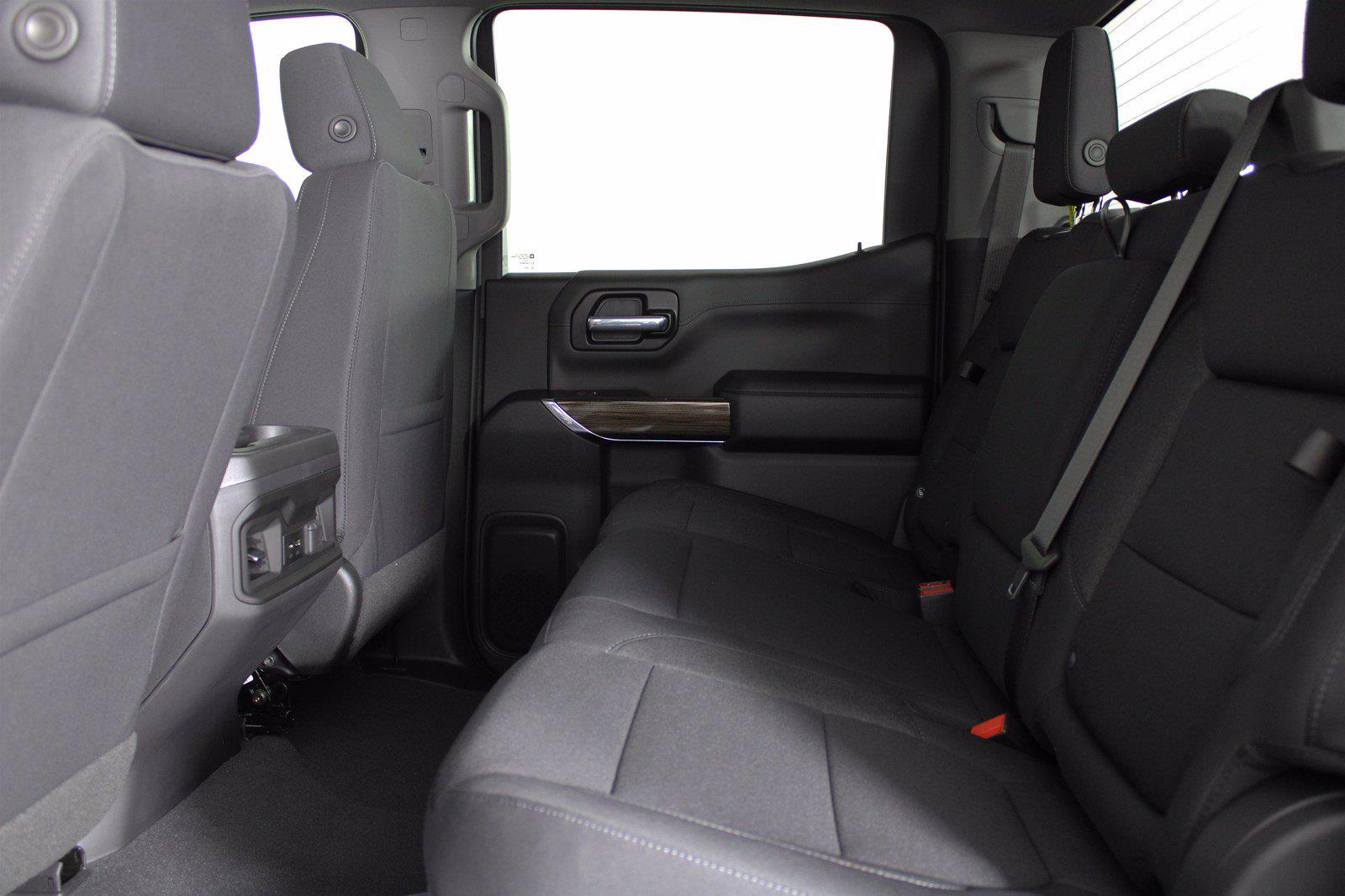 2021 Chevrolet Silverado 1500 Crew Cab 4x4, Pickup #D111114 - photo 15