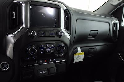 2021 Chevrolet Silverado 1500 Crew Cab 4x4, Pickup #D111130 - photo 12