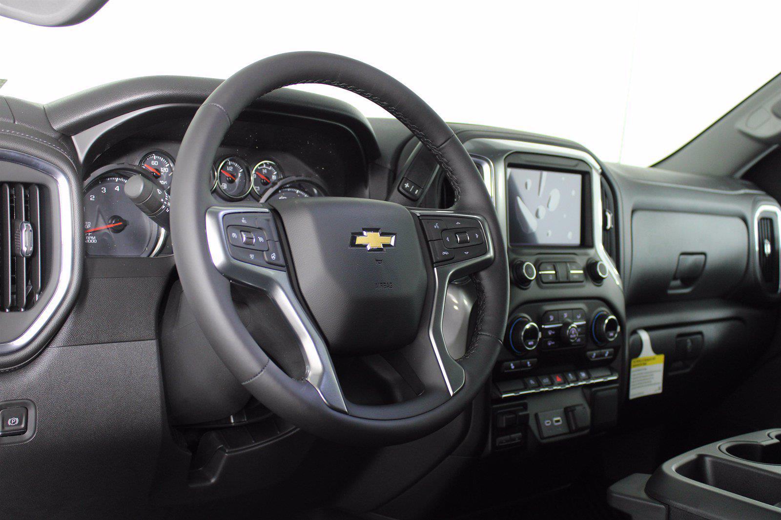 2021 Chevrolet Silverado 1500 Crew Cab 4x4, Pickup #D111136 - photo 10