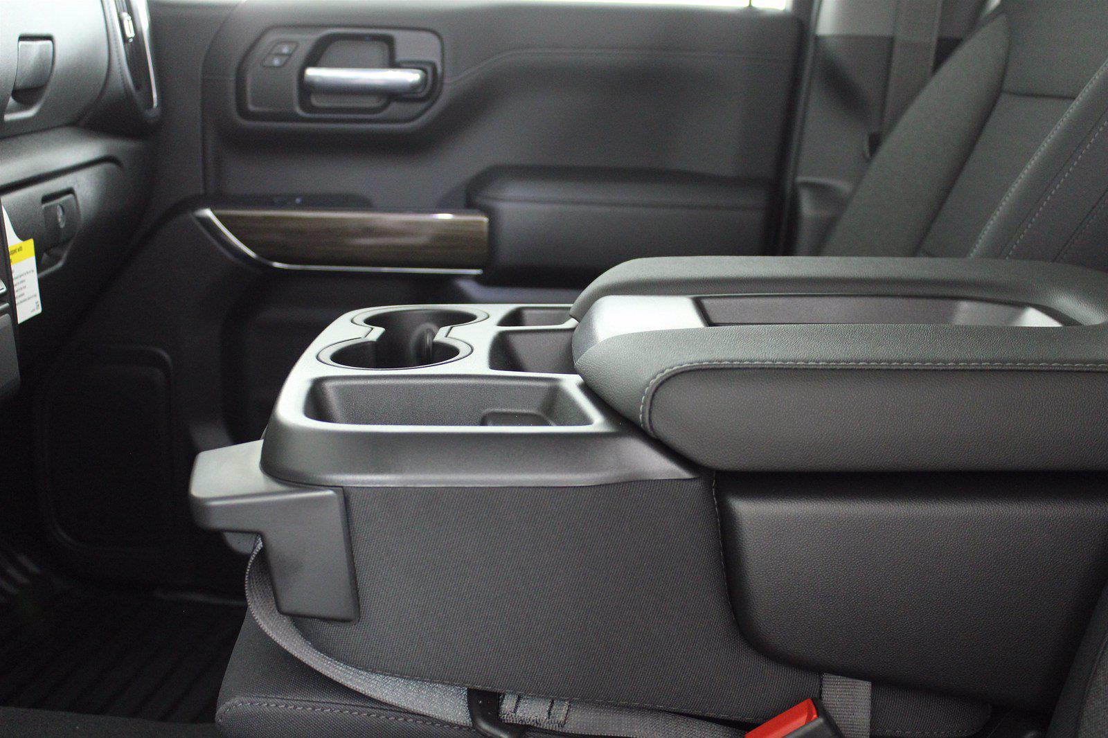 2021 Chevrolet Silverado 1500 Crew Cab 4x4, Pickup #D111136 - photo 13