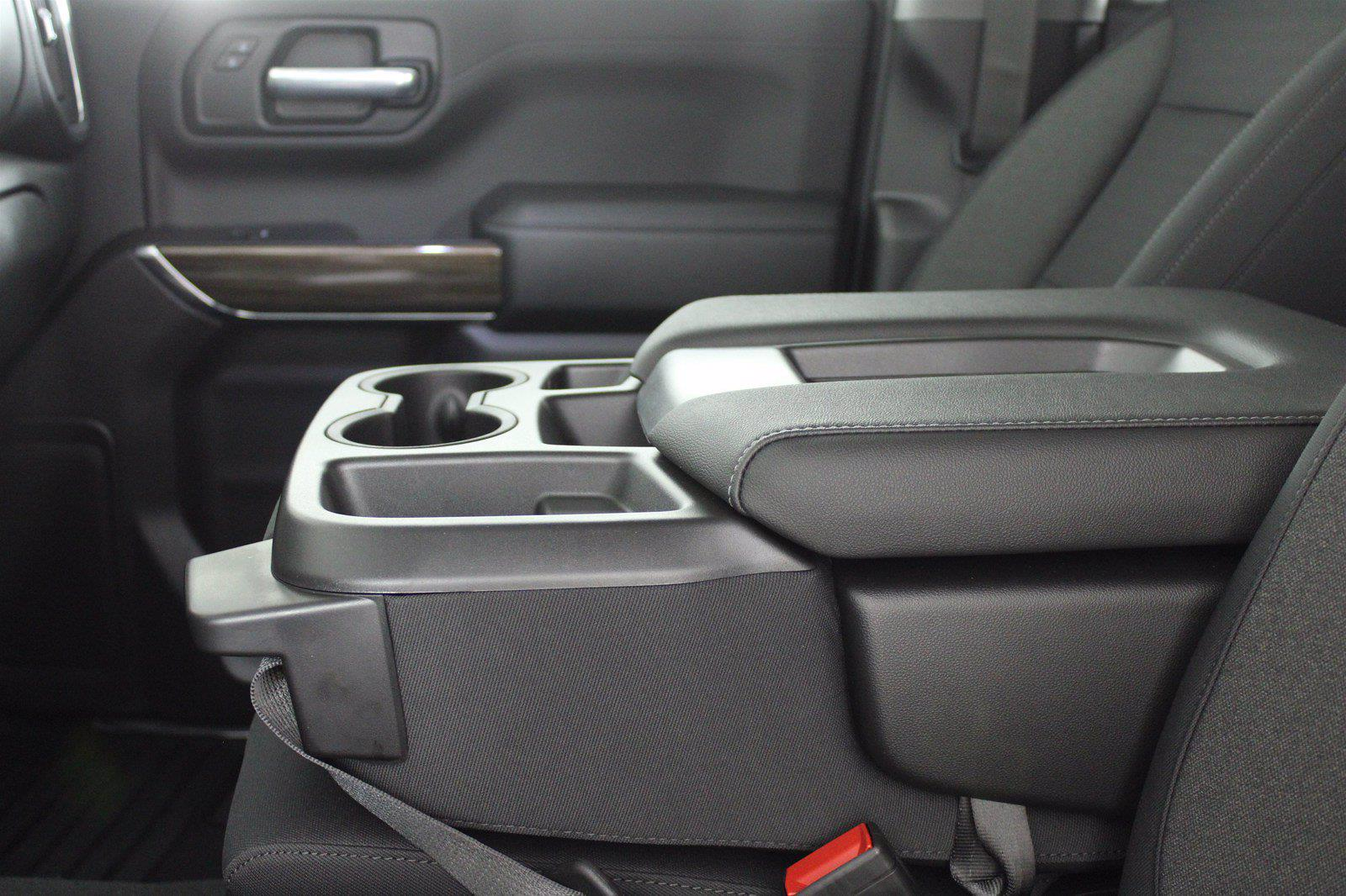 2021 Chevrolet Silverado 1500 Crew Cab 4x4, Pickup #D111137 - photo 13