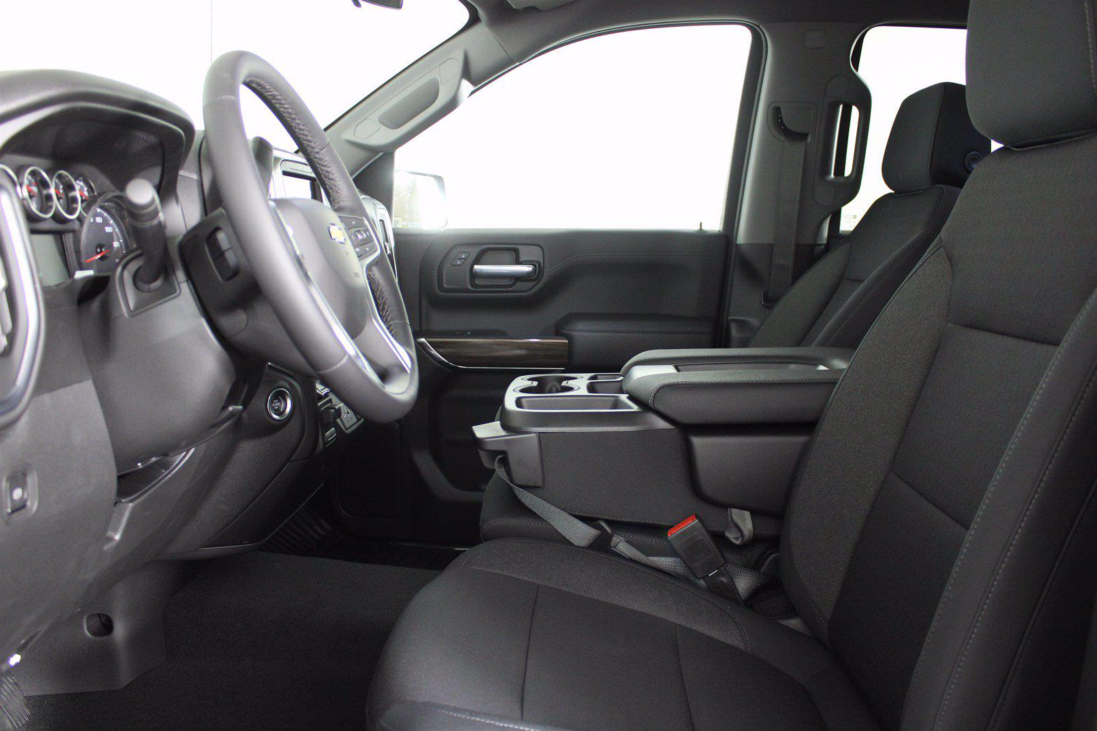 2021 Chevrolet Silverado 1500 Crew Cab 4x4, Pickup #D111137 - photo 15