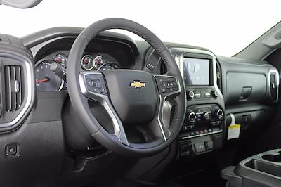 2021 Chevrolet Silverado 1500 Crew Cab 4x4, Pickup #D111137 - photo 10