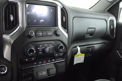2021 Chevrolet Silverado 1500 Crew Cab 4x4, Pickup #D111137 - photo 12