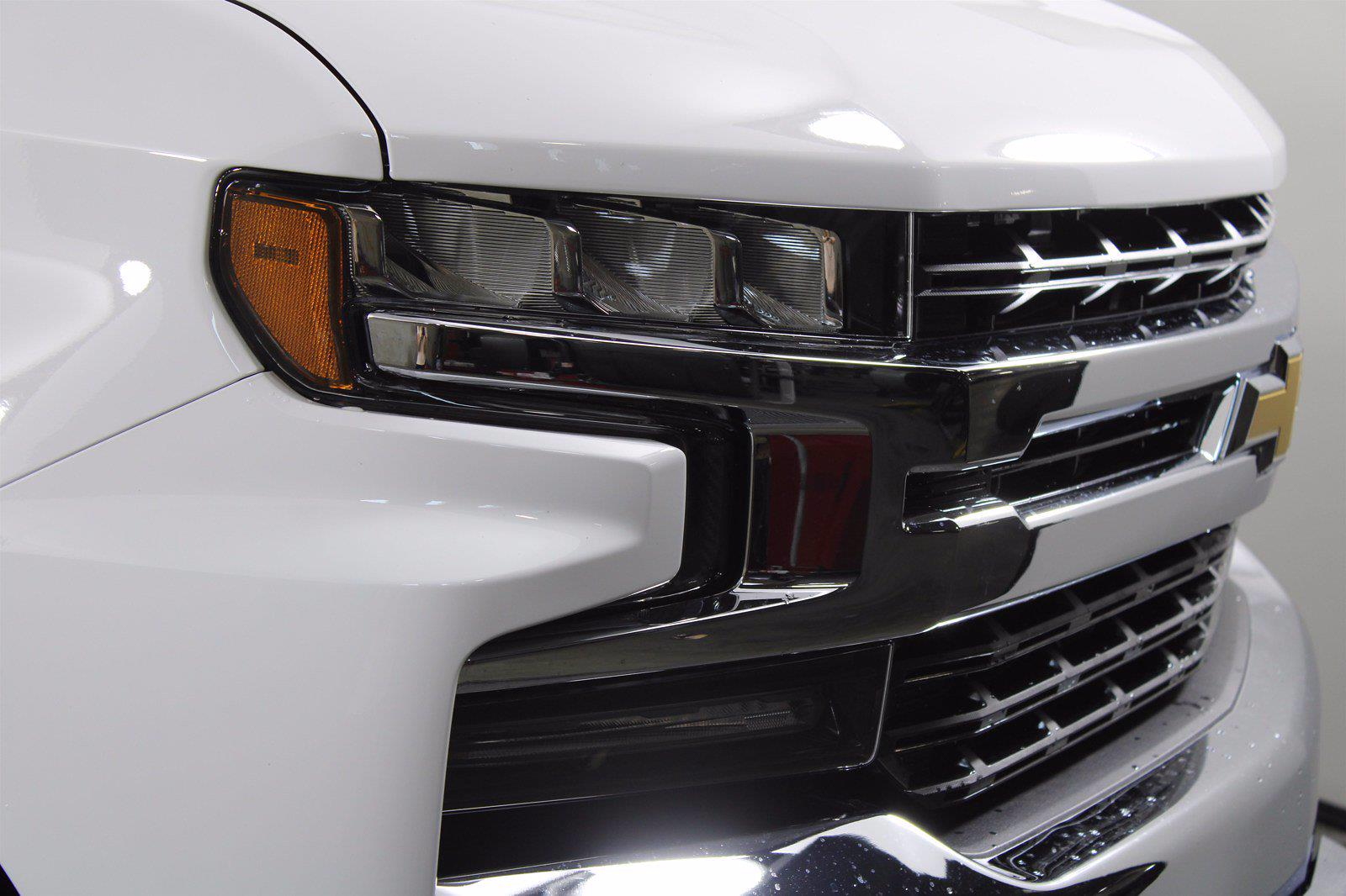 2021 Chevrolet Silverado 1500 Crew Cab 4x4, Pickup #D111143 - photo 5