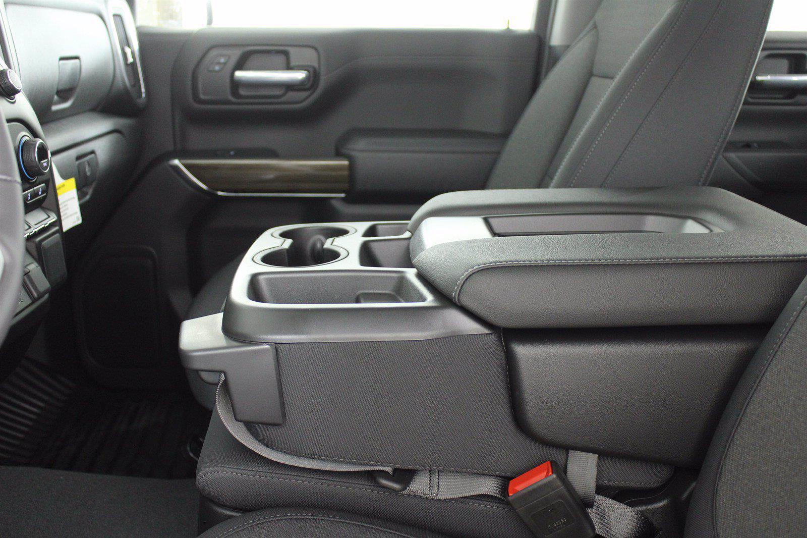 2021 Chevrolet Silverado 1500 Crew Cab 4x4, Pickup #D111143 - photo 13
