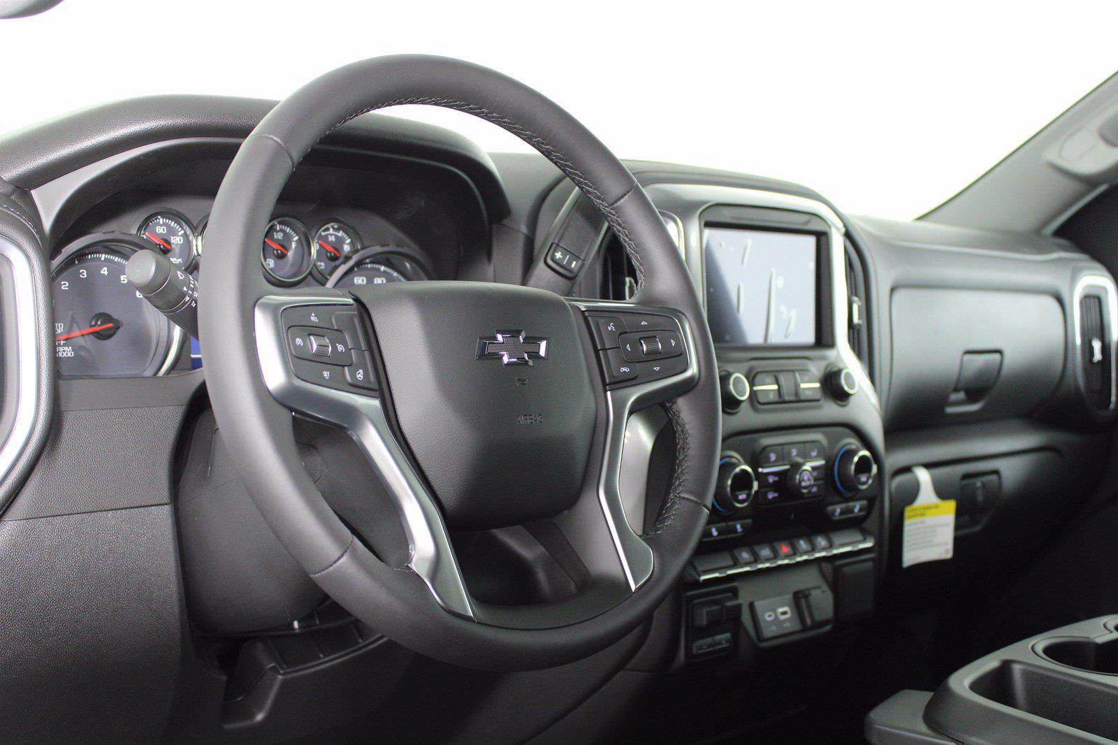 2021 Chevrolet Silverado 1500 Crew Cab 4x4, Pickup #D111144 - photo 10