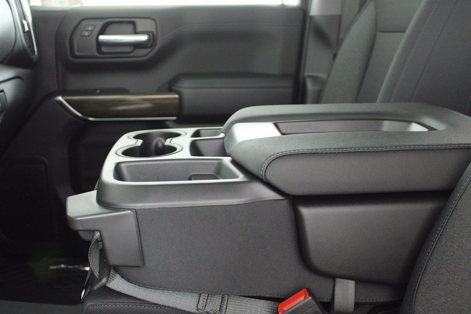 2021 Chevrolet Silverado 1500 Crew Cab 4x4, Pickup #D111144 - photo 13
