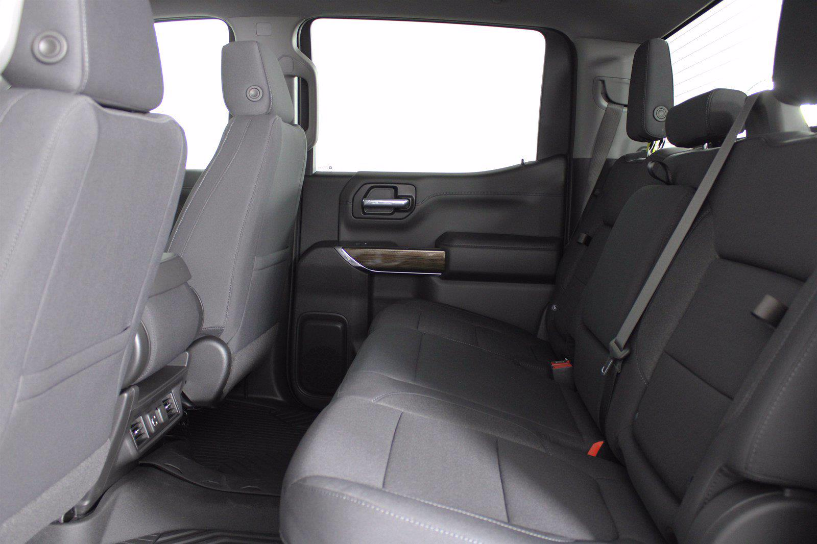 2021 Chevrolet Silverado 1500 Crew Cab 4x4, Pickup #D111144 - photo 16