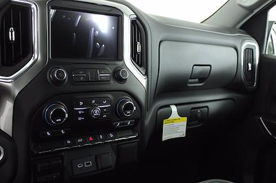2021 Chevrolet Silverado 1500 Crew Cab 4x4, Pickup #D111144 - photo 12