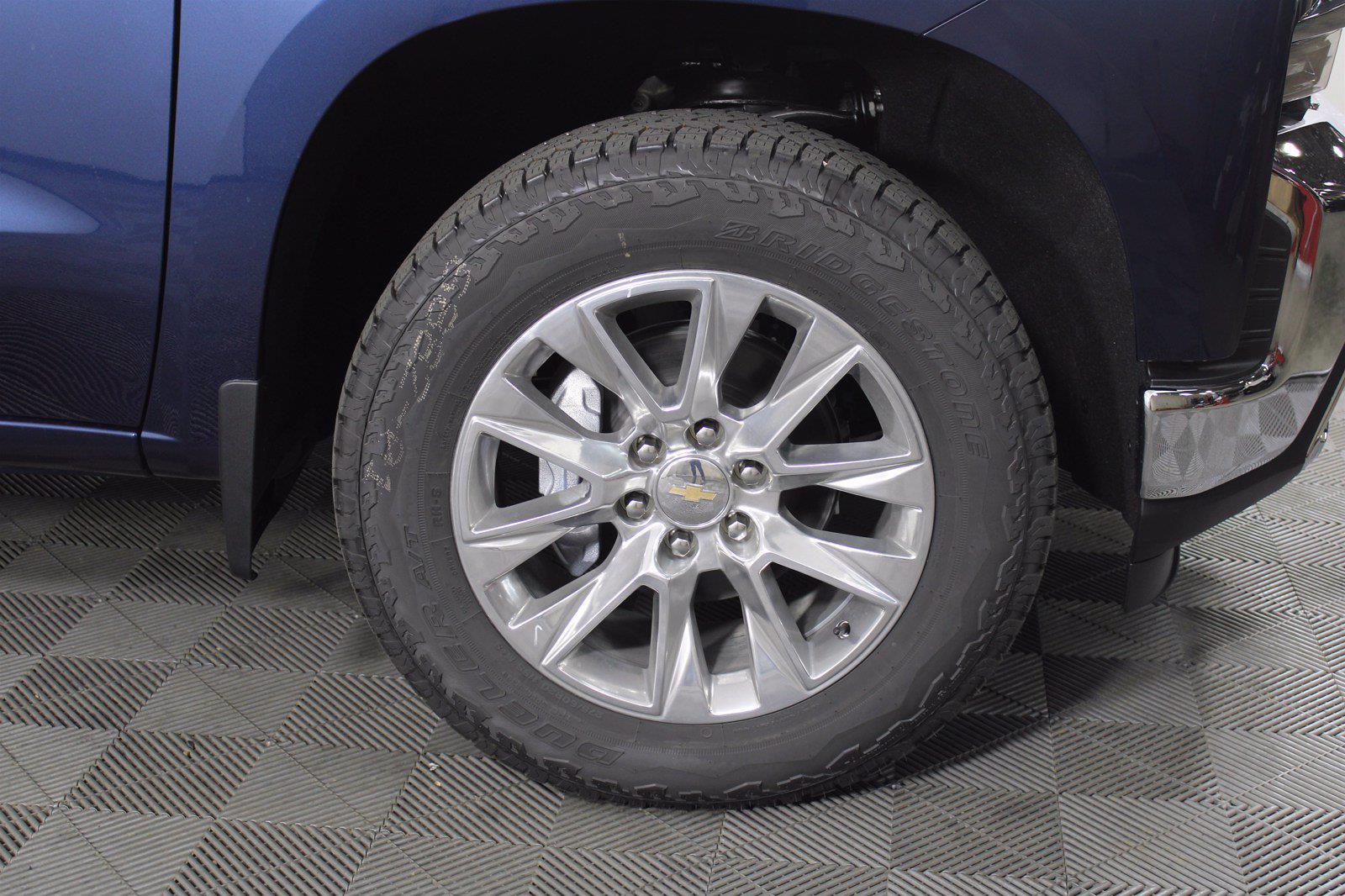 2021 Chevrolet Silverado 1500 Crew Cab 4x4, Pickup #D111155 - photo 6