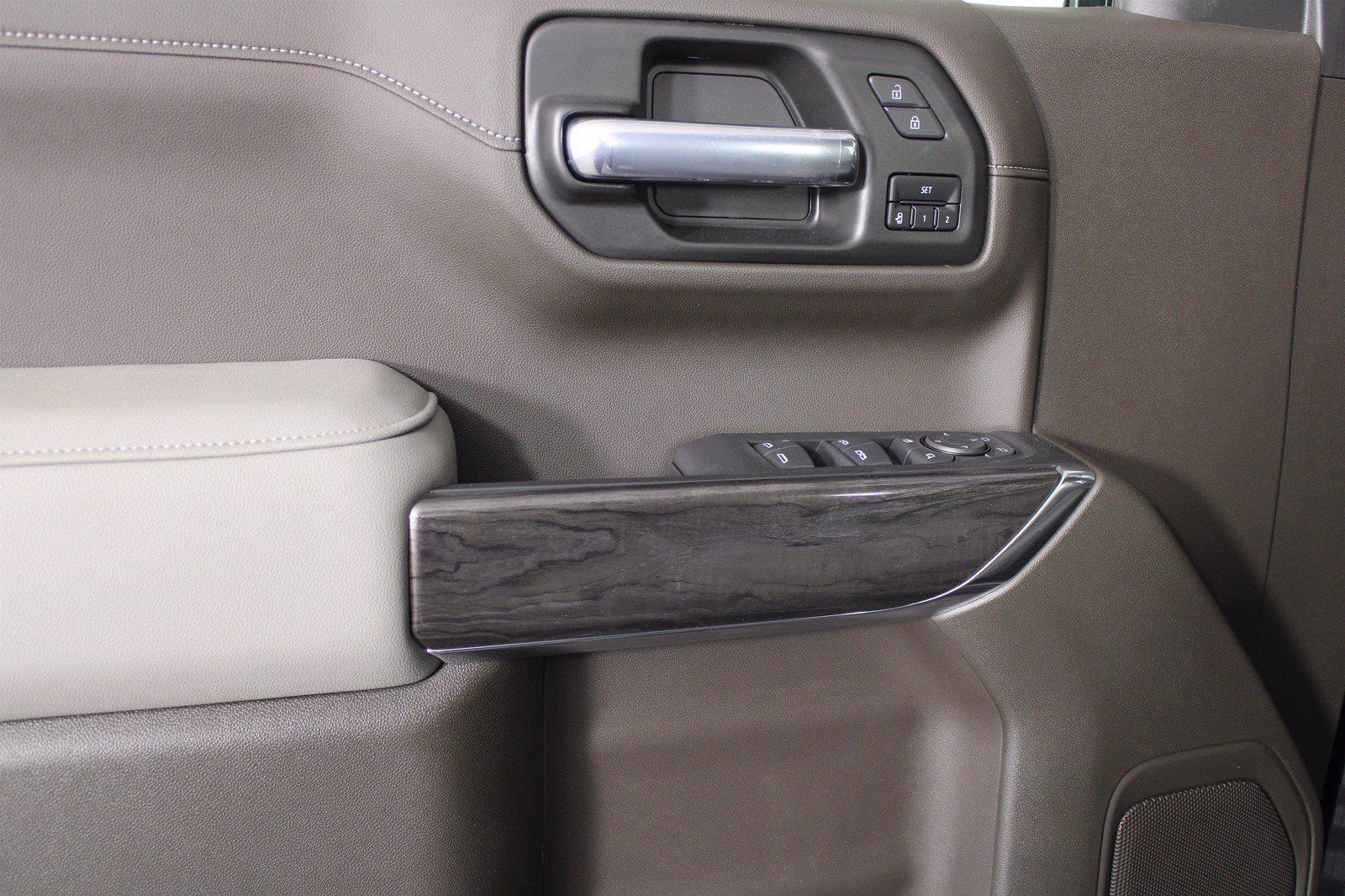 2021 Chevrolet Silverado 1500 Crew Cab 4x4, Pickup #D111155 - photo 11