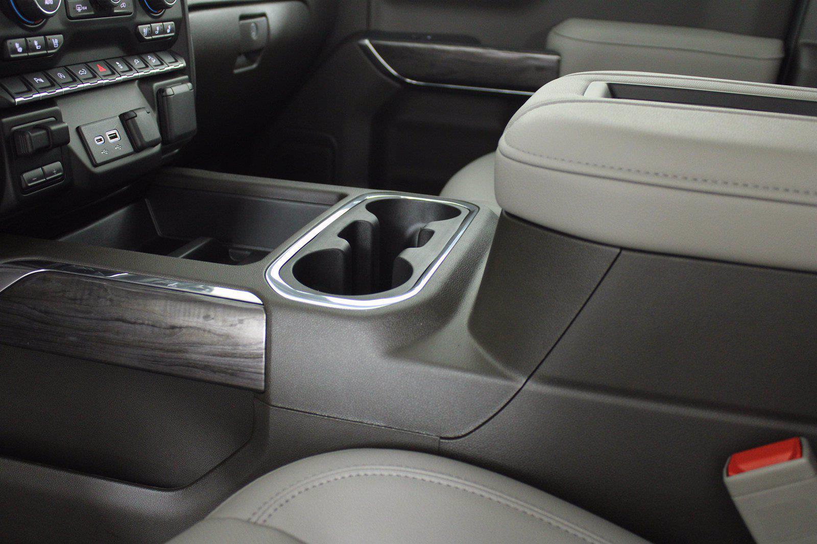 2021 Chevrolet Silverado 1500 Crew Cab 4x4, Pickup #D111155 - photo 13