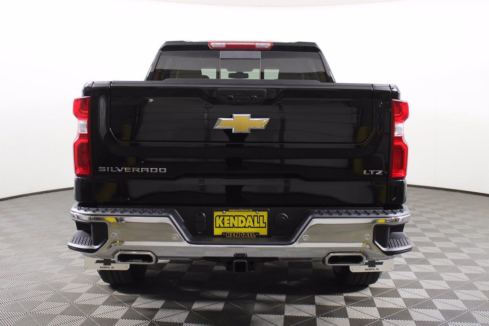 2021 Chevrolet Silverado 1500 Crew Cab 4x4, Pickup #D111157 - photo 8