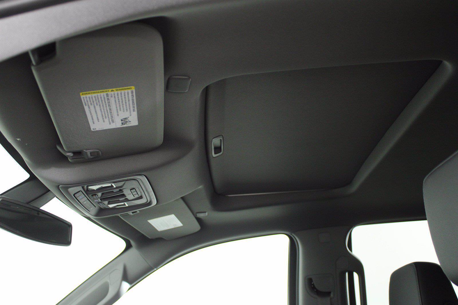 2021 Chevrolet Silverado 1500 Crew Cab 4x4, Pickup #D111157 - photo 16