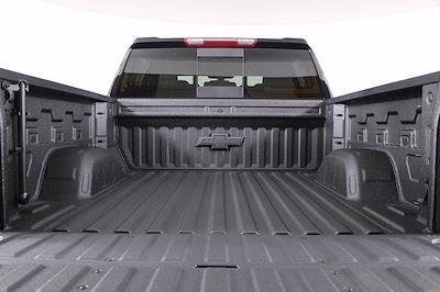 2021 Chevrolet Silverado 1500 Crew Cab 4x4, Pickup #D111157 - photo 9