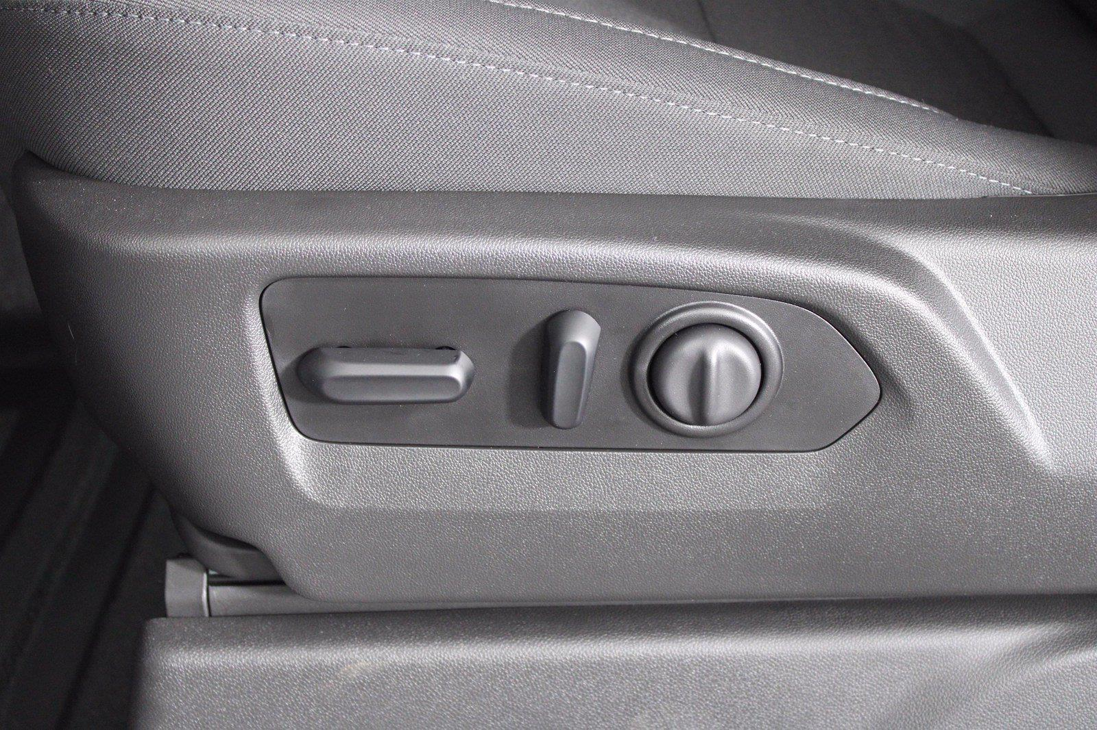 2022 Silverado 2500 Regular Cab 4x4,  Pickup #D120020 - photo 14