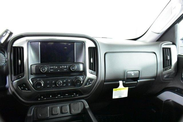 2018 Silverado 1500 Crew Cab 4x4,  Pickup #D181726 - photo 13