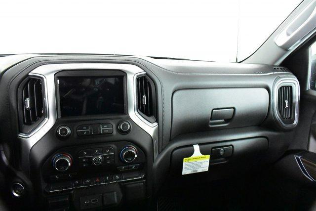 2019 Silverado 1500 Crew Cab 4x4,  Pickup #D190059 - photo 13
