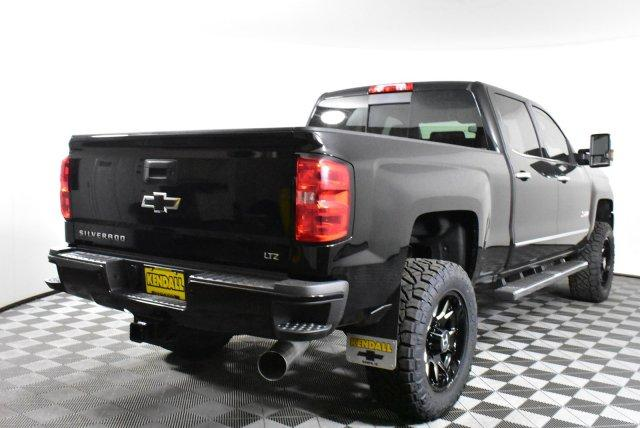 2019 Silverado 2500 Crew Cab 4x4,  Pickup #D190722 - photo 6