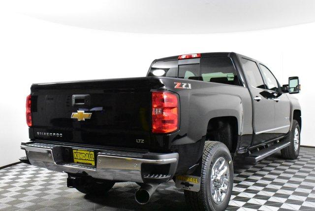 2019 Silverado 3500 Crew Cab 4x4,  Pickup #D190794 - photo 6