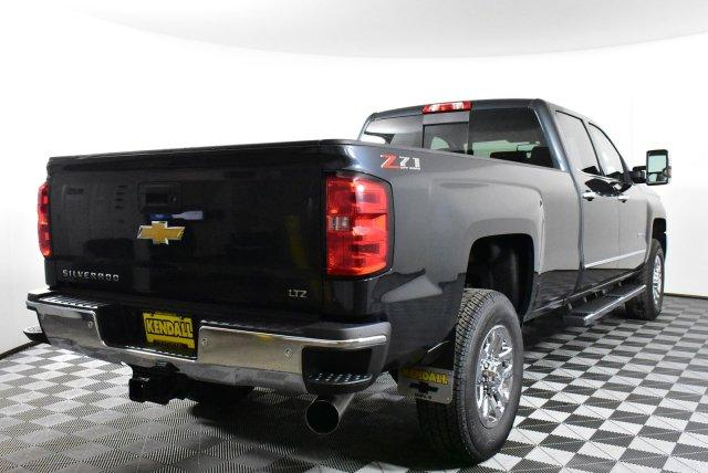 2019 Silverado 3500 Crew Cab 4x4,  Pickup #D190798 - photo 6