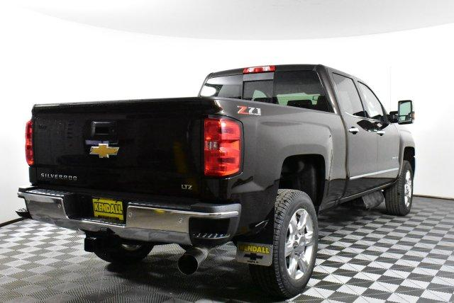 2019 Silverado 2500 Crew Cab 4x4,  Pickup #D190799 - photo 6