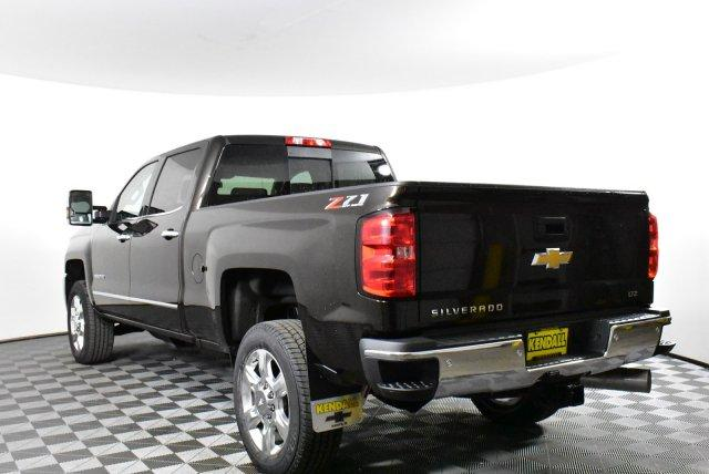 2019 Silverado 2500 Crew Cab 4x4,  Pickup #D190799 - photo 2